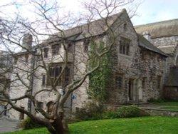 Prysten House
