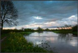 Alrewas Weir Evening.