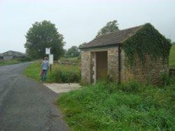 Castle Bolton bus shelter