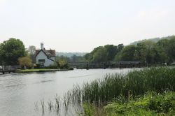 The Thames at Streatley Wallpaper