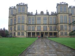 Hardwick Hall on a wet, cold Spring day Wallpaper