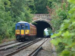 Norbury Tunnel - end to end.