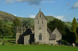 The Church of the Holy Cross, Ilam