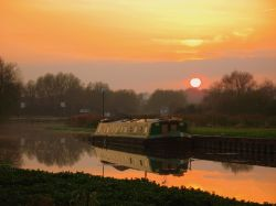 Sunset over the River Soar at Watermead Country Park