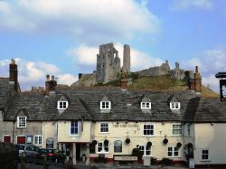 Corfe Castle and The Greyhound