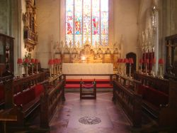 St Peter and St Paul's Church altar