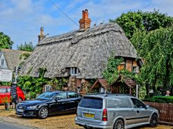 Thatched cottage in Brookley Road