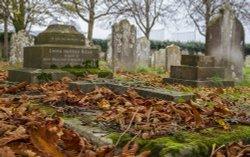 St Thomas' Church Cemetery, Lymington