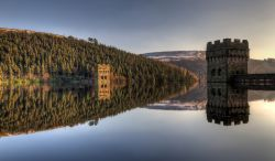 Derwent Valley Dam