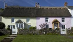 Beautiful Cottages in Coverack