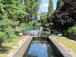 the grand union canal, uxbridge