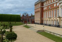 Tudor and  Baroque at Hampton Court Palace