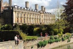Sunny Cambridge riverside