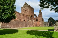 Sweetheart abbey   New Abbey