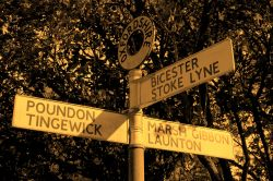 Signpost, Stratton Audley, Oxfordshire