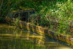 Abandoned Narrowboat near Cropredy, Oxfordshire Wallpaper