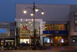 Broad Street Mall, Reading