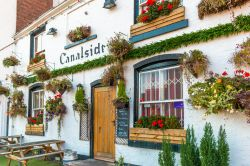 Canalside Cafe