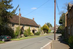 Period cottages in Main Street, Duns Tew