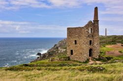 Old Tin mines on the Cliffs at Botallack