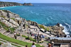Rowena Cade Was Completely Mad and an Absolute Genius to Conceive & Build a Theatre Right On the Steep, Rocky Cornwall Coast