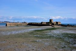 St Aubin's Fort, Accessible at Low Tide Wallpaper