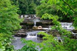 Aysgarth Upper Falls