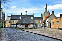Oakham Market Square & All Saints Church View