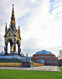 The Spectacular Albert Memorial & the Royal Albert Hall.