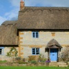 Thatched cottage in Gaydon
