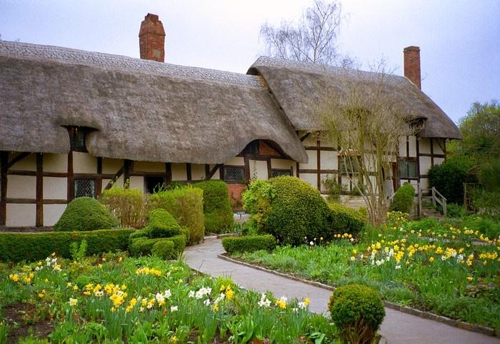 """""""Anne Hathaway's ... Anne Hathaway's Cottage"""
