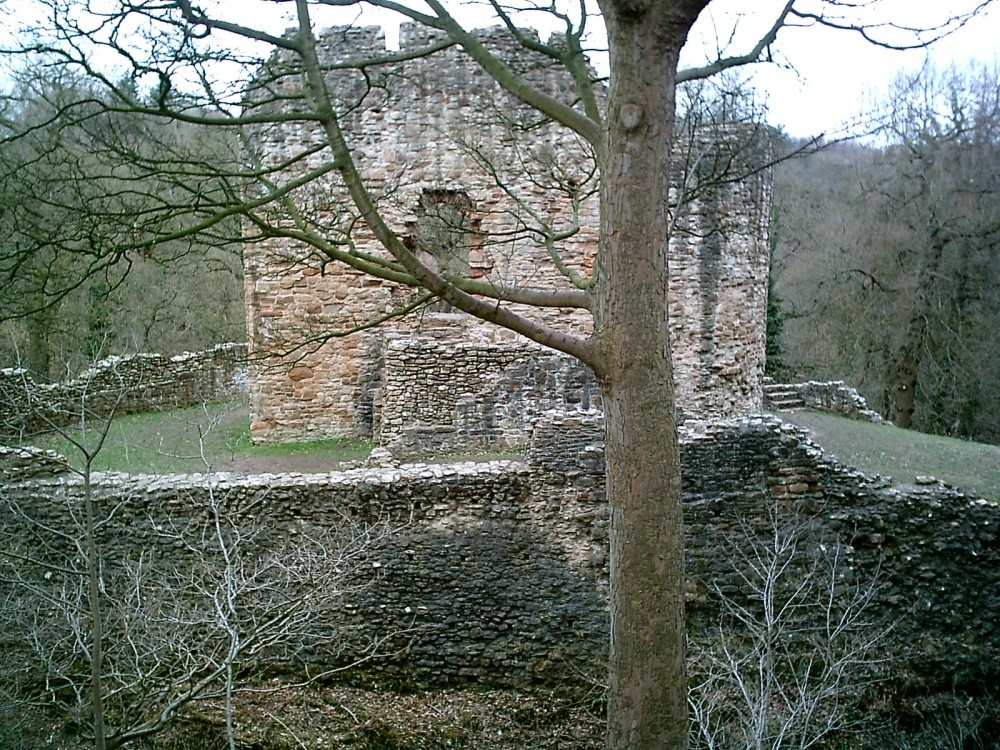 A picture of Castle Ewloe near Buxton in northern Wales