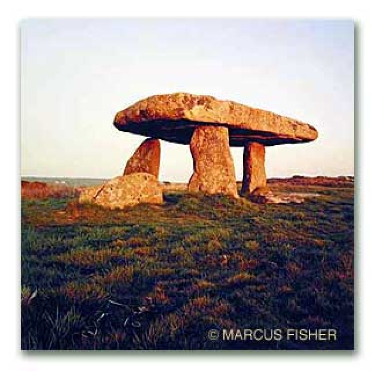 Lanyon Quoit, (5,000-6,000 year old ancient burial chamber) Bosullow, Cornwall, England
