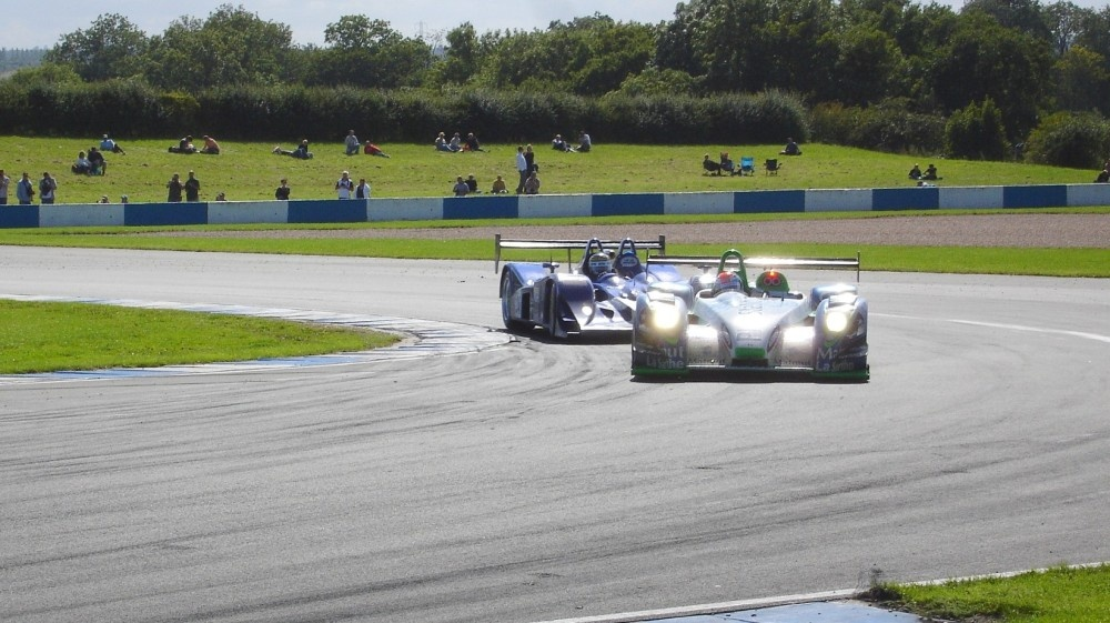 Le Mans Series racers at the Melbourne Hairpin, Donington Park Circuit, Derbyshire