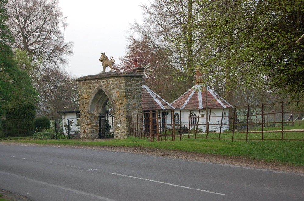A view of the old Gate House at the old deer park between Revesby and Horncastle, Lincolnshire