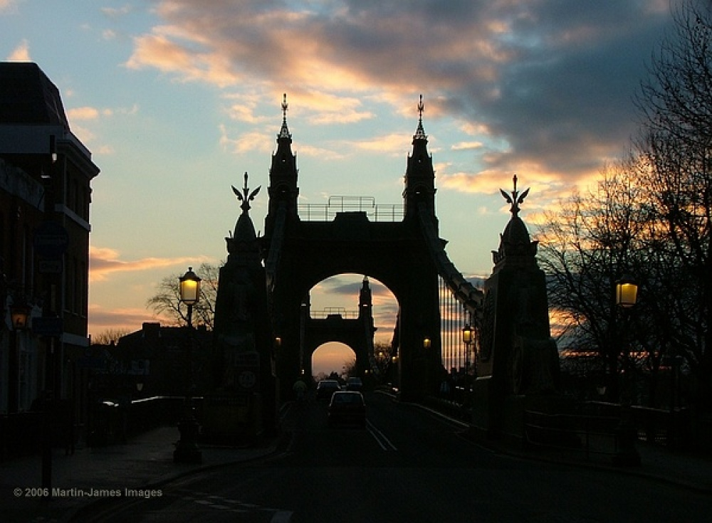 London River Thames Hammersmith Bridge at sunset, New Year's day 2006.