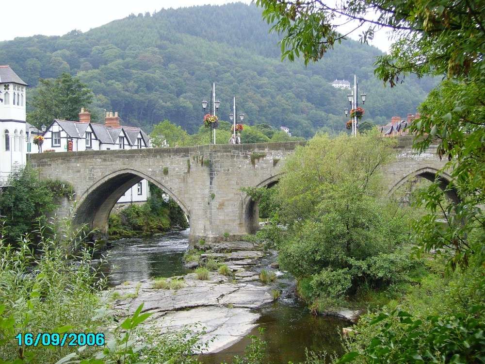 The bridge in the centre of Llangollen in North Wales