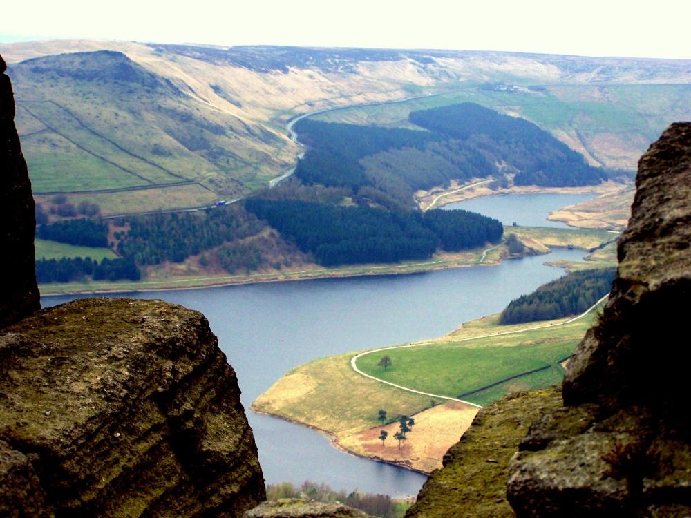 Quot Dovestones Reservoir Quot By Ken Hulmes At Picturesofengland Com