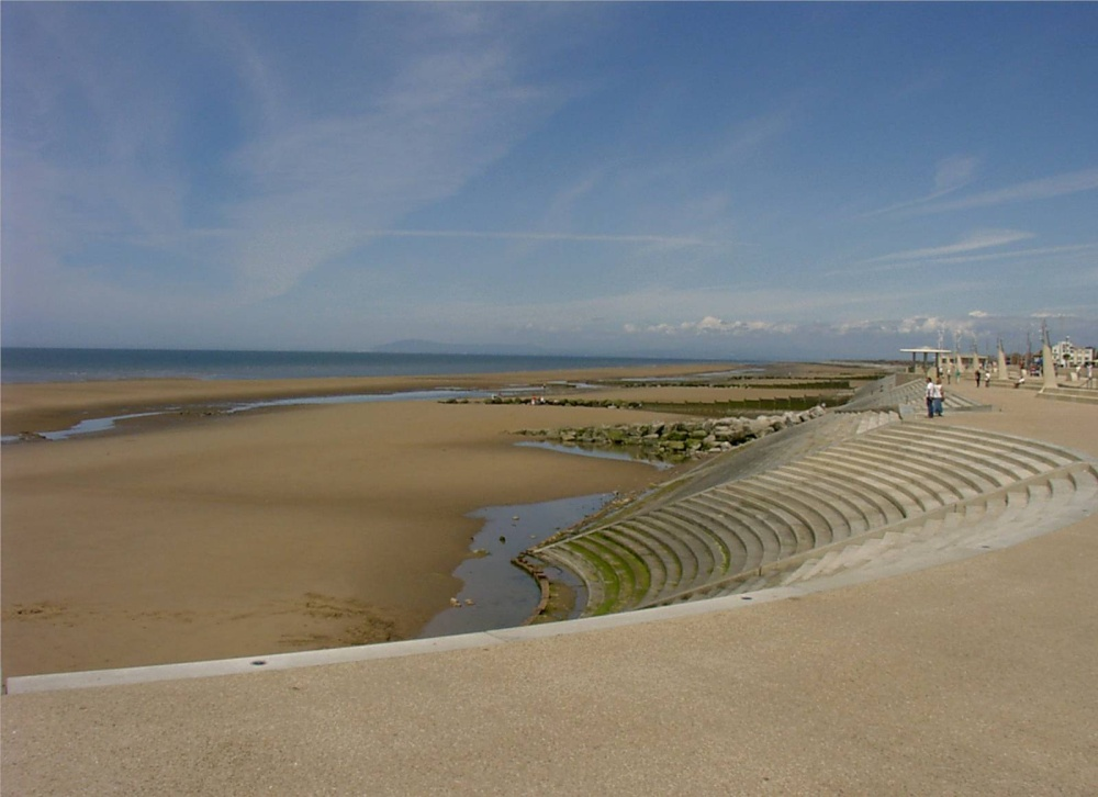 """Cleveleys beach"" by lancashirelove at PicturesofEngland.com"