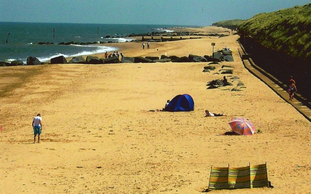 "Waxham Beach"" by Peggy Cannell at PicturesofEngland.com"