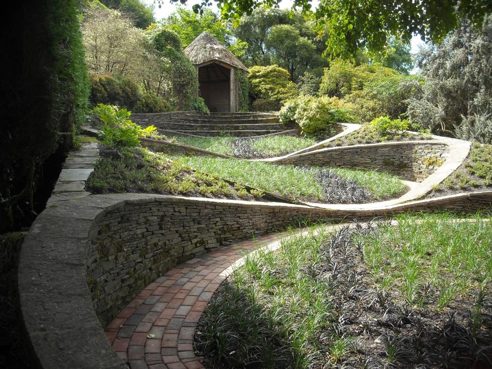 The garden house yelverton devon by martin humphreys for Garden design devon