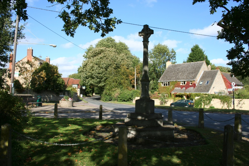 The centre of the village and the war memorial, Appleton