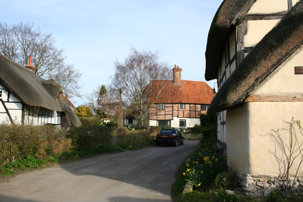 Timber framed and thatched cottages in Blewbury