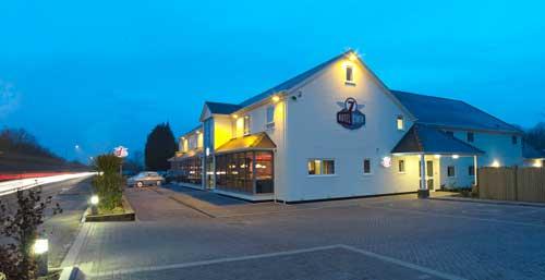 7 Hotel Diner in Polhill, Halstead, Kent, England