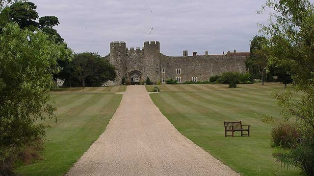 Stay in English Castles where Kings & Queens once dined